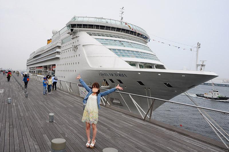 大桟橋埠頭と豪華客船